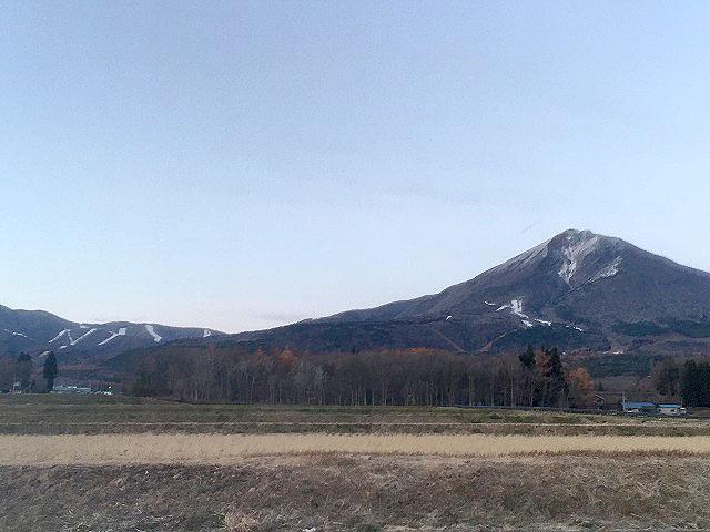 猪苗代リゾートスキー場にも雪が降りました